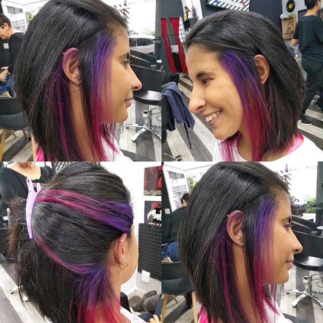 Só um brilho unicórnio por baixo do preto,por @renatagarage60s #garage60s #violetpinkhair #violetaepink #colorhair #cabelocolorido Nosso agendamento é online garage60s.com
